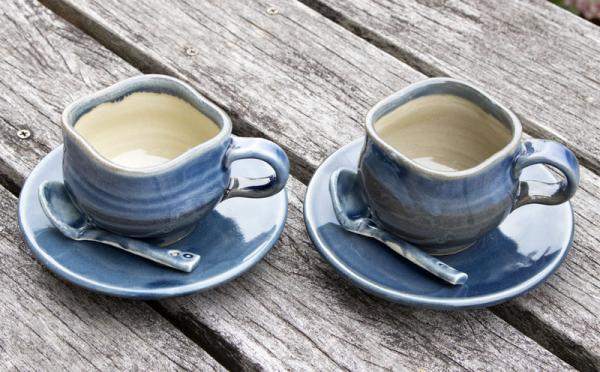 沖縄県国頭村(くにがみそん)「ふるさと納税」お礼品に『あすもり窯のコーヒーカップ【藍色】』を新たに追加いたしました画像